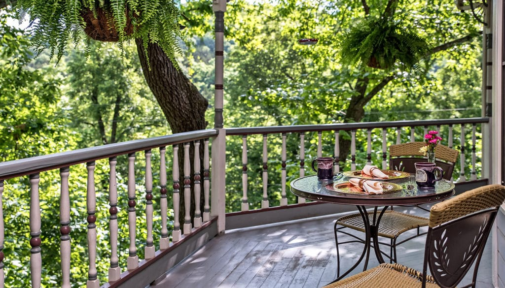 Stay at our Eureka Springs Bed and Breakfast near Kings River Falls